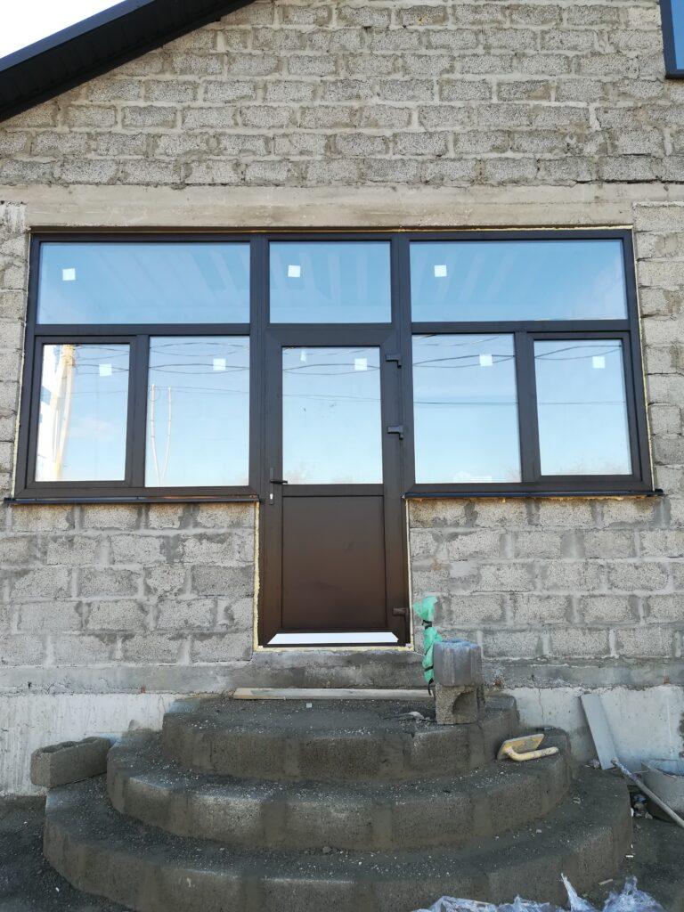 Заказать окна в Ставрополе, остекление балконов, ремонт окон, ламинация дверей и окон